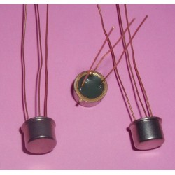 3  x Transistors 2N1711