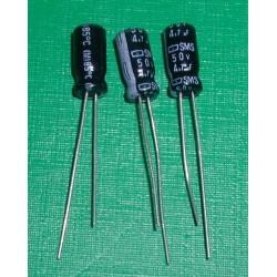 3 x Condensateurs 4,7 uf /...