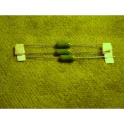 2 résistances 2,7 ohms / 4 W
